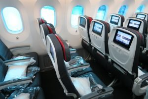 8Air-Canada-787-Economy-legroom-and-amenities