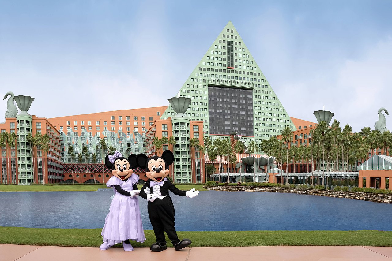 Read more about the article Walt Disney World Dolphin Resort