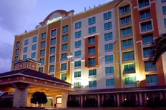 Read more about the article Radisson Hotel Lake Buena Vista