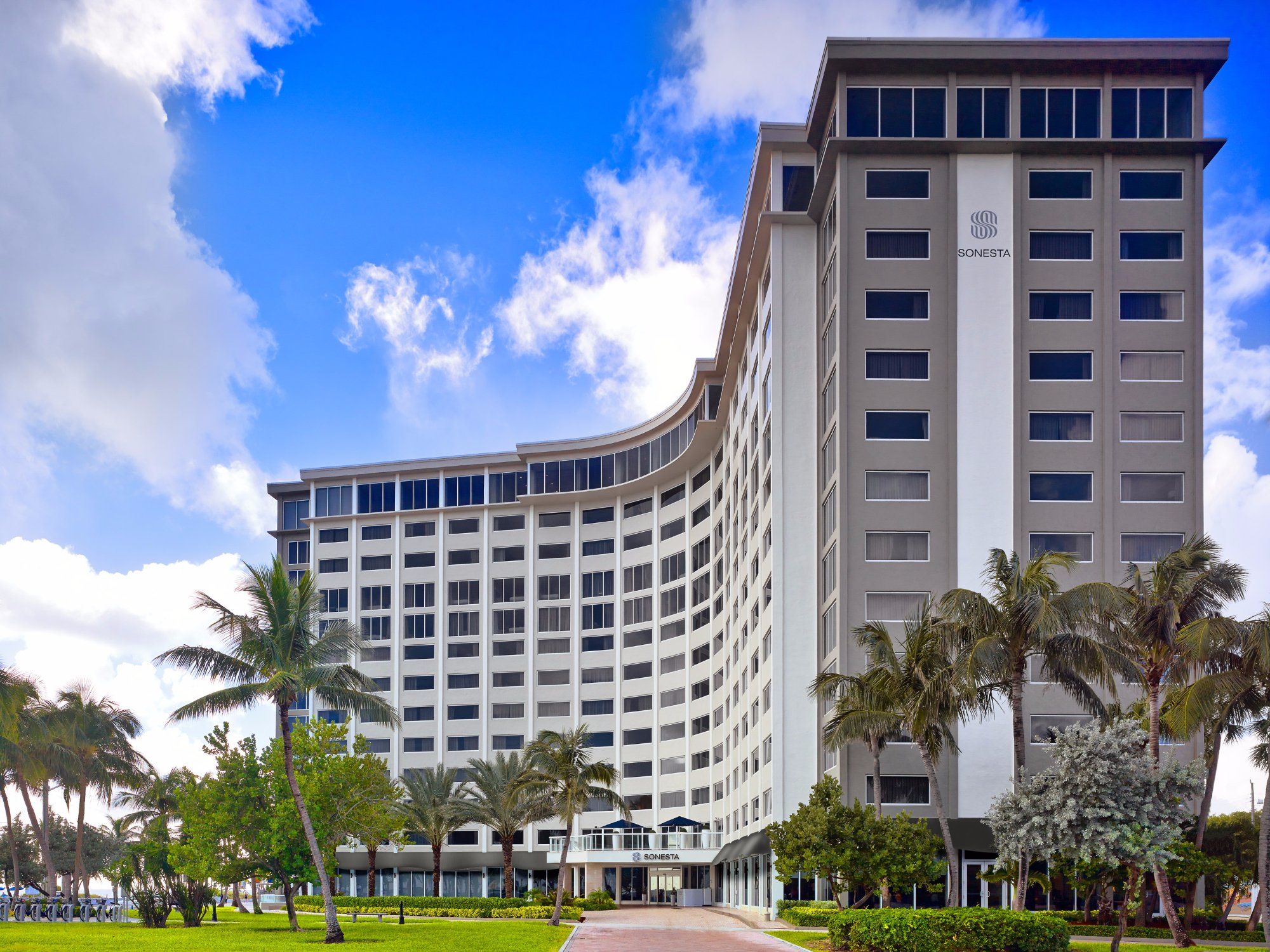 Read more about the article Sonesta Fort Lauderdale Beach